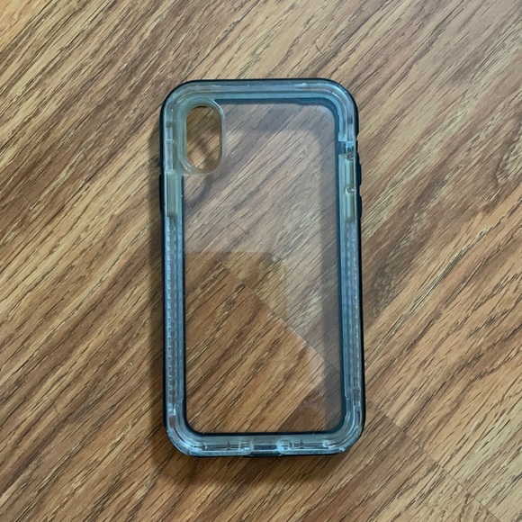 Black Life proof iPhone X/Xs case